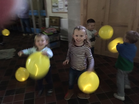 Playing with our light up balloons.